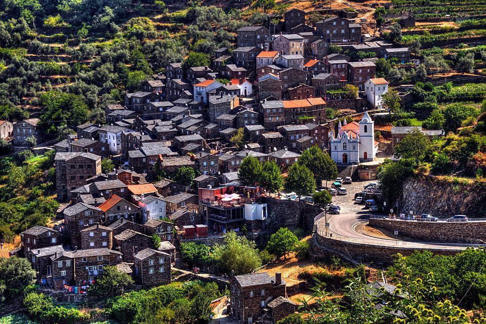 یک روستای زیبا در پرتغال