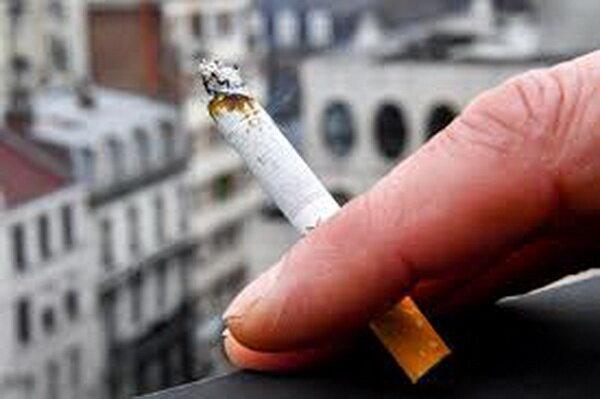 سرقت گوشی 6 جوان فرانسوی با سیگار سمی