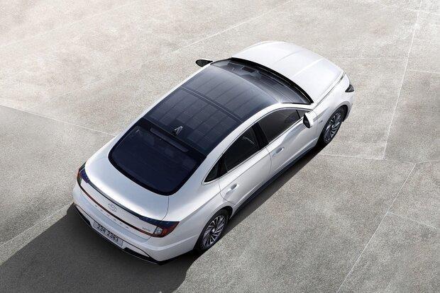 نخستین خودروی خورشیدی هیوندای معرفی گردید
