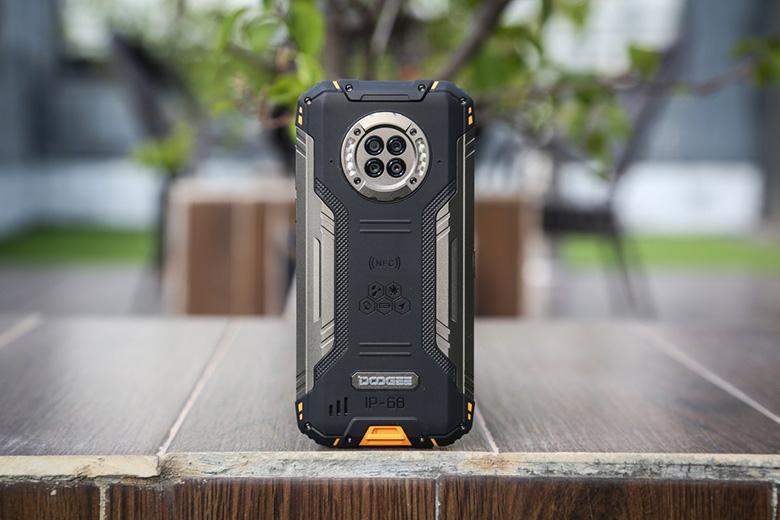 اولین گوشی اندرویدی جهان با دوربین دید در شب معرفی گردید